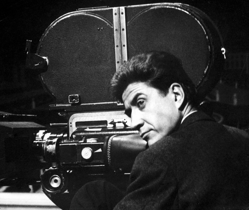 resnais-alain-001-with-camera-00n-7c9-5c23a