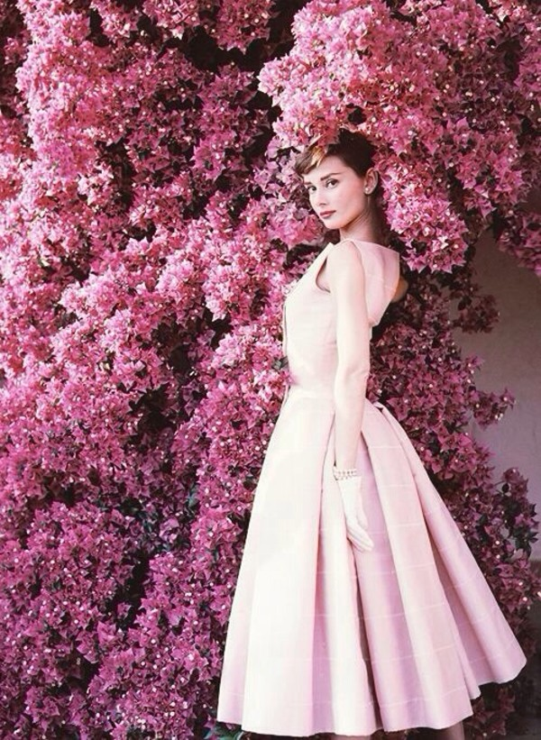 audrey-hepburn-pink-Givenchy-dress