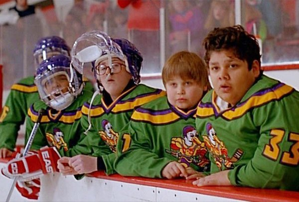 mighty-ducks-cast-reunites-quacks-with-fans-video-ftr
