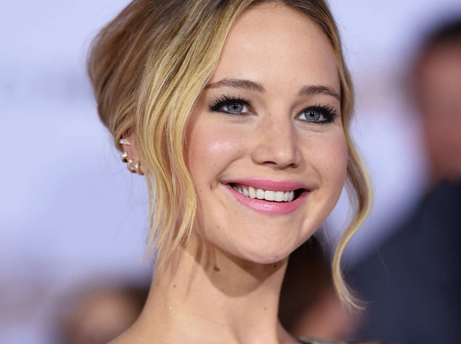 17-jennifer-lawrence-1_w750_h560_2x