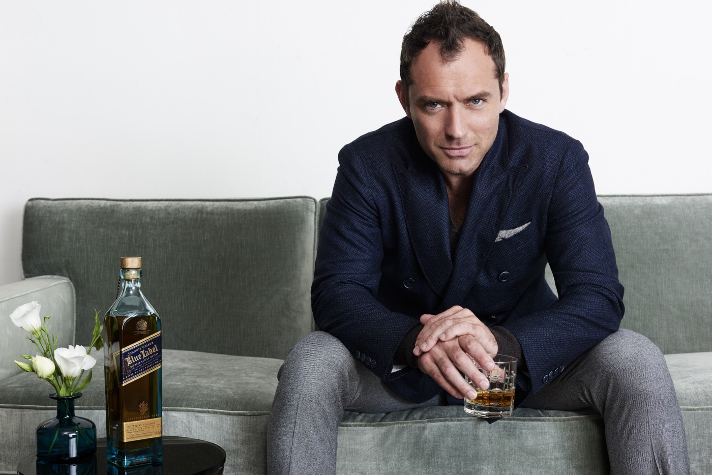 Jude Law celebrating World Whisky Day with Johnnie Walker Blue Label (Photo Credit: Frederic Auerbach)